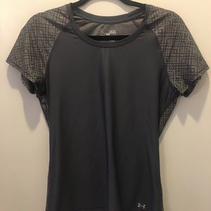 Under Armour Tops - Under Armour Women's Gray Fitted Heat Gear Shirt